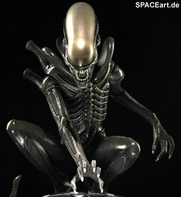 alien_1_big_chap_alien_statue_al007-c