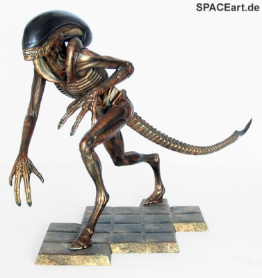 alien_3_running_warrior_al038-c
