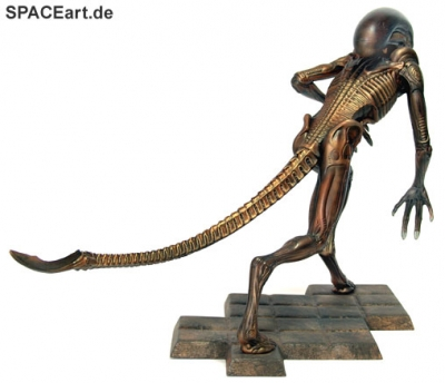 alien_3_running_warrior_al038-f